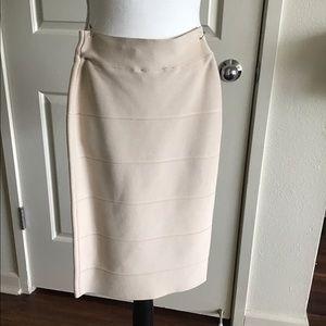 BCBG elastic banded skirt